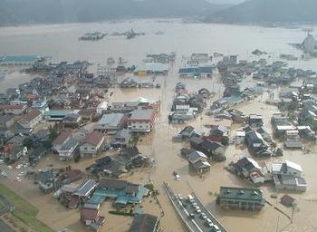 台風の大雨の被害.png